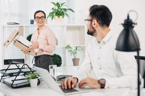 Att tänka på vid köp av höj- och sänkbart skrivbord
